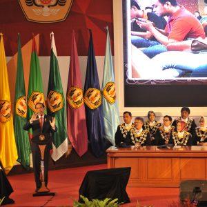 Jokowi: Unpad Perlu Fakultas Medsos Jurusan Meme