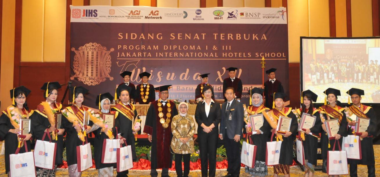 AKADEMI PARIWISATA JAKARTA INTERNATIONAL HOTELS, Gelar Wisuda Ke