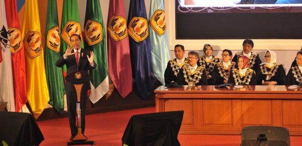 Jokowi: Sebut Medsos Tak Bisa Dikendalikan