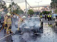 Mobil Mustang Shelby Terbakar di Pondok Indah