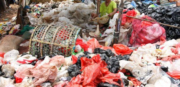 Plastik Larut dalam Air Dapat Perbaiki Kesehatan Laut